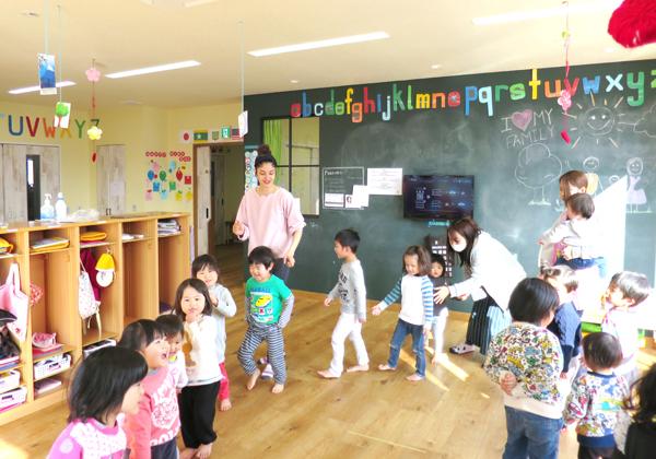 企業主導型保育園「三福5starプリスクール」の様子