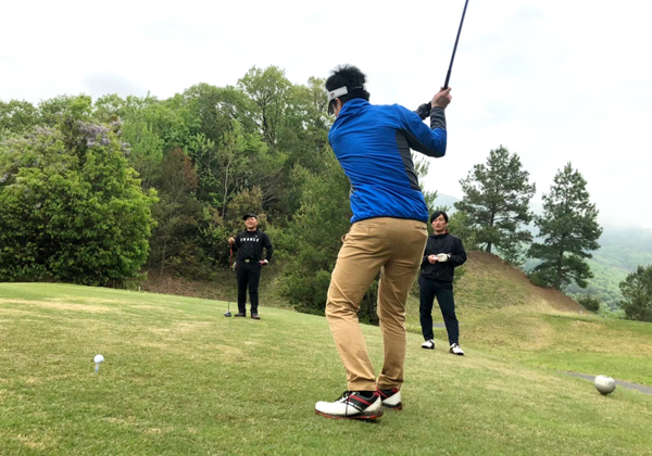 フロントエンド_社内のゴルフコンペ